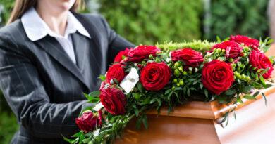jak sprawdzic date pogrzebu