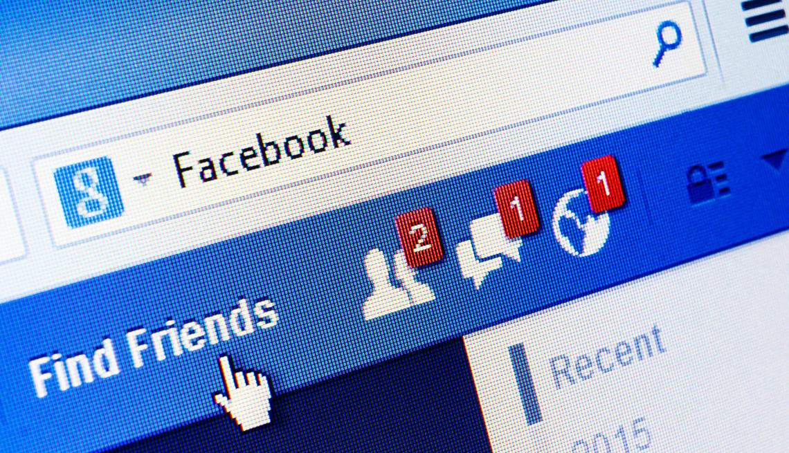 Jak ukryć znajomych na FB - w telefonie i na komputerze