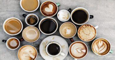 kiedy pić kawę